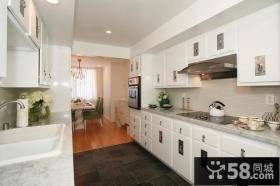 白色系厨房橱柜装修效果图设计