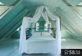 复式斜顶阁楼卧室装修效果图