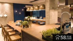 现代风格餐厅厨房整体装修图