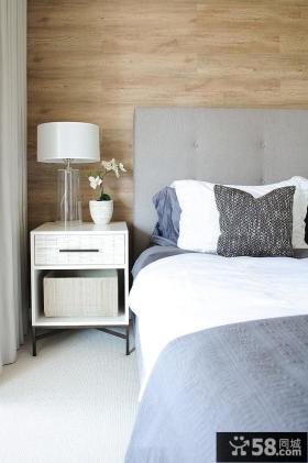 简装卧室时尚床头台灯效果图