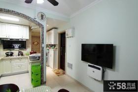 超小户型室内墙面电视机图片