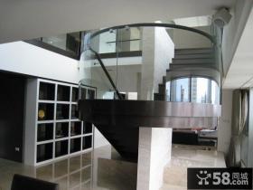 现代经典别墅室内楼梯效果图片
