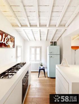 80平米小户型客厅木地板装修效果图