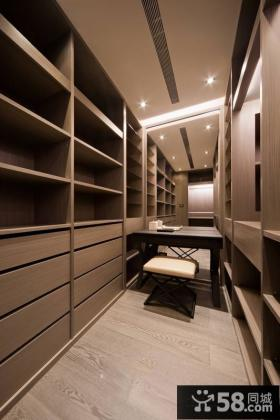 日式风格室内衣柜设计图片