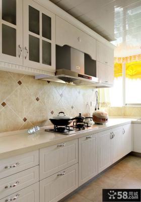 2013欧式风格厨房橱柜效果图欣赏
