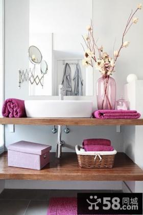 80后简约浪漫的婚房装修 温馨的卫生间效果图