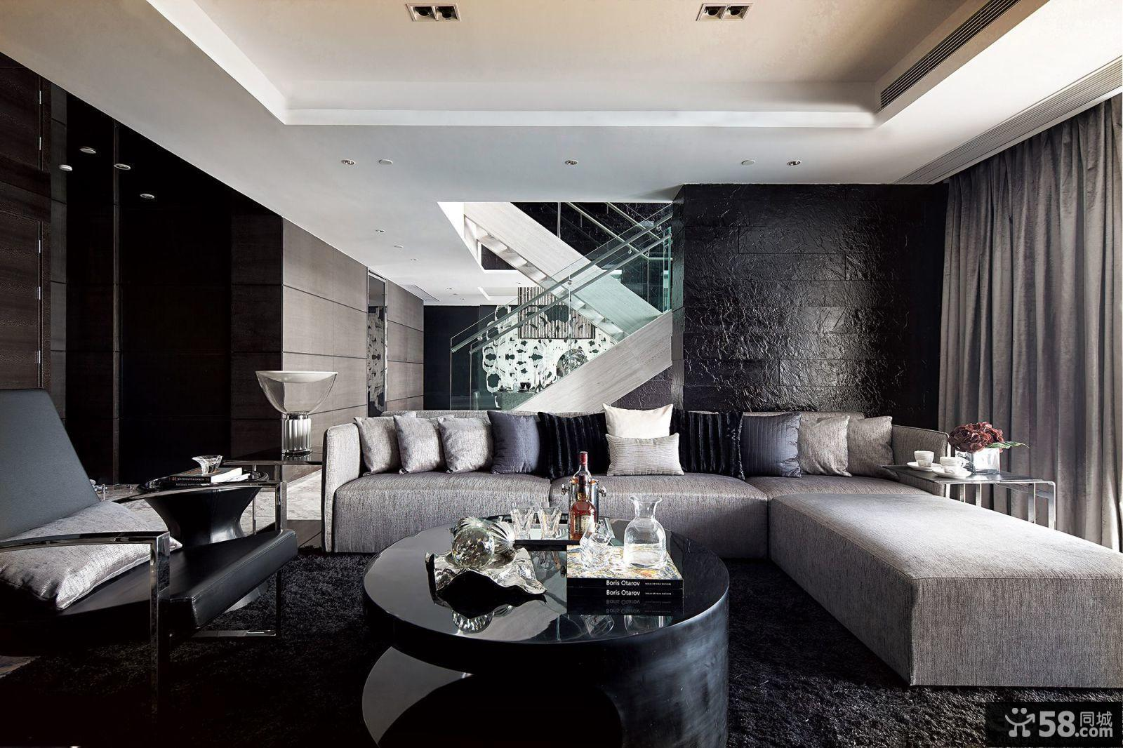 现代风格跃层式三居客厅装修效果图图片