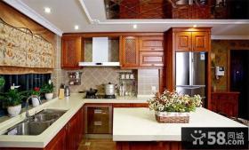欧式风格厨房橱柜装修效果图片