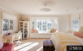 2013欧式卧室飘窗设计效果图
