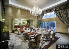 经典美式设计客厅吊顶图