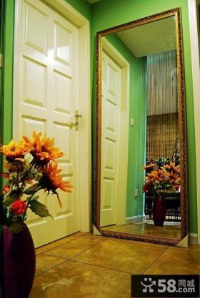 小户型进门玄关装饰效果图