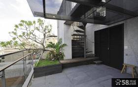 复式别墅阳台装修效果图
