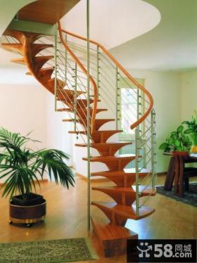 室内旋转实木楼梯设计图