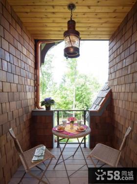 舒适休闲阳台布置