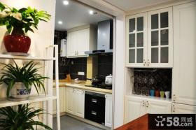 温馨简约厨房家居设计装修图片