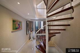 复式旋转楼梯设计