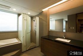 美式风格卫生间隐形门隔断设计图