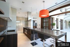 西班牙马略卡岛休闲别墅 极简的餐厅装修