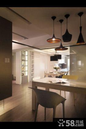 现代风格三室一厅室内设计图片