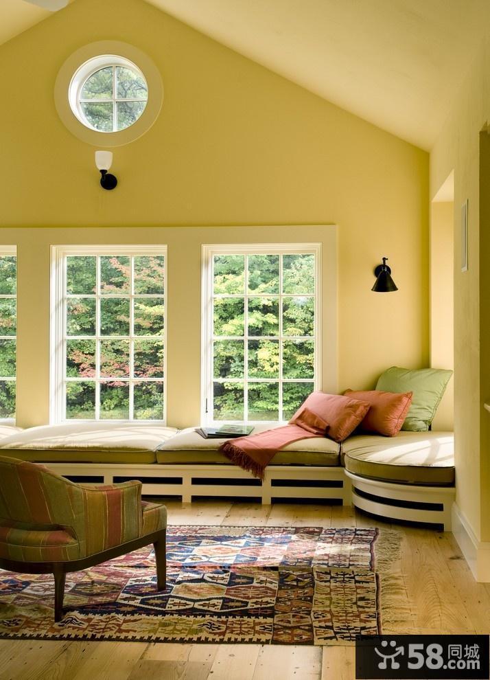 新房客厅飘窗沙发摆放图片