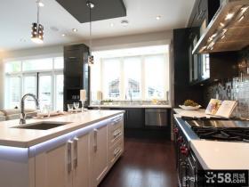 90平米两室一厅厨房装修图效果图