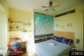 现代儿童房卧室衣柜设计图片欣赏