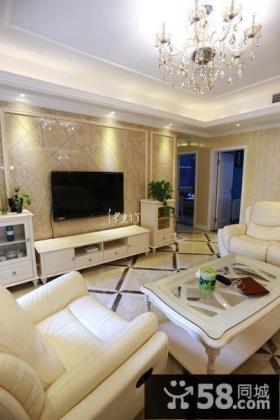 简欧式风格二居室客厅电视背景墙装修效果图