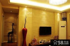 93平三室两厅一卫客厅电视背景墙装修设计图