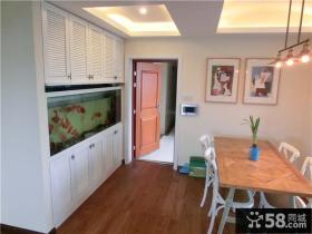 美式风格家居玄关壁挂式鱼缸图片欣赏