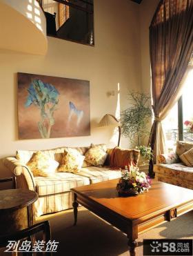 美式风格复式客厅沙发贴画装修效果图
