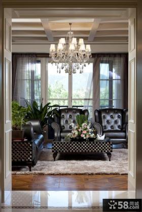 欧式客厅水晶灯吊顶装修效果图