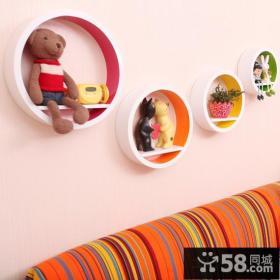 现代客厅沙发背景墙面装饰架效果图