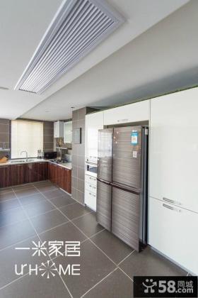 简约大户型一体式厨房装修设计效果图