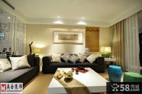 现代中式风格客厅沙发摆放效果图欣赏