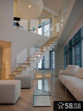 白色简约风格跃层别墅效果图