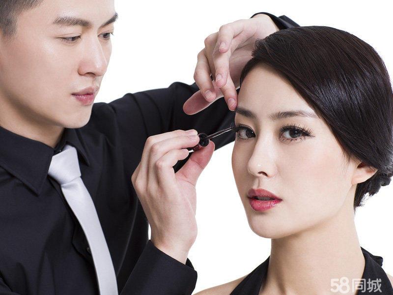 专业演出化妆,新娘跟妆主持妆,舞台妆生活妆企业年会