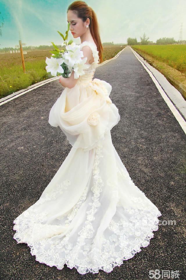 霸气女王范婚纱照