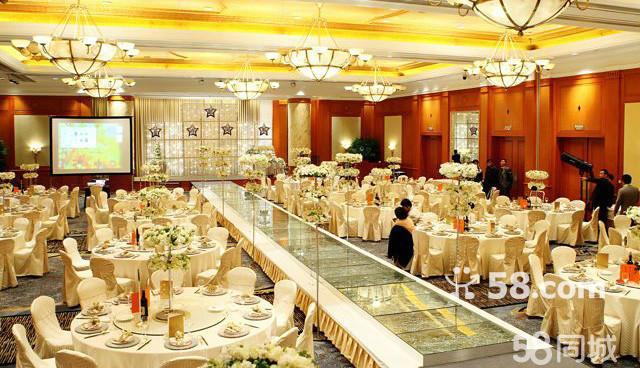 (12)主桌桌花装饰(精美花器+鲜花球)  (12)个性定制新娘流苏鲜花欧式