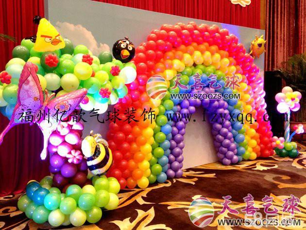 商场学校幼儿园提供各种策划气球装饰及场景布置