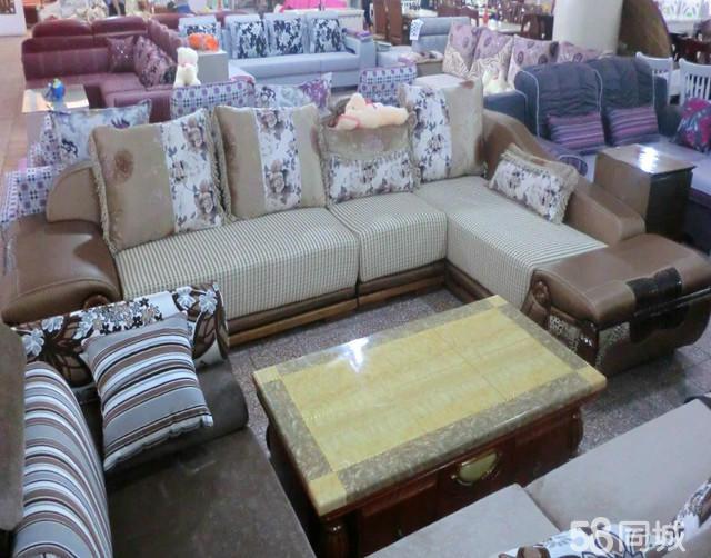 主要经营:老木匠松木家具,吉奥精品沙发,好一家茶几,广玉名石精品餐桌